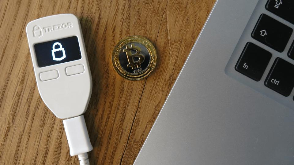 trezor bitcoin wallet - najbezpečnejšia peňaženka na kryptomeny