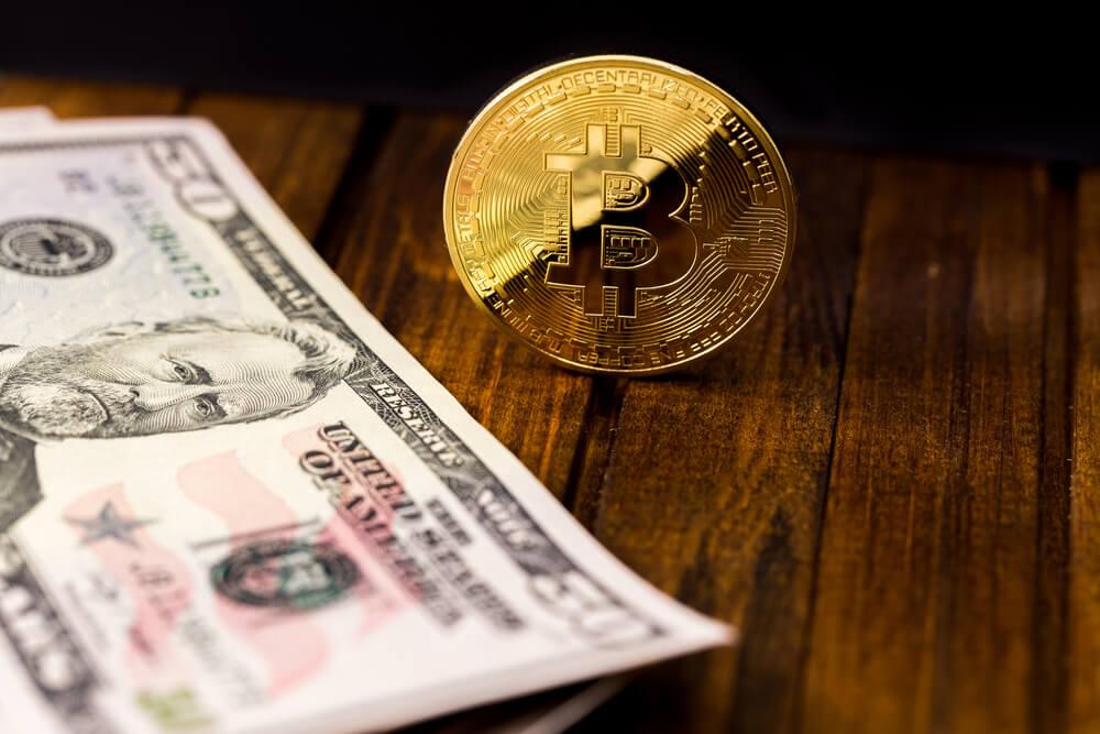 Bitcoin a peniaze, banky