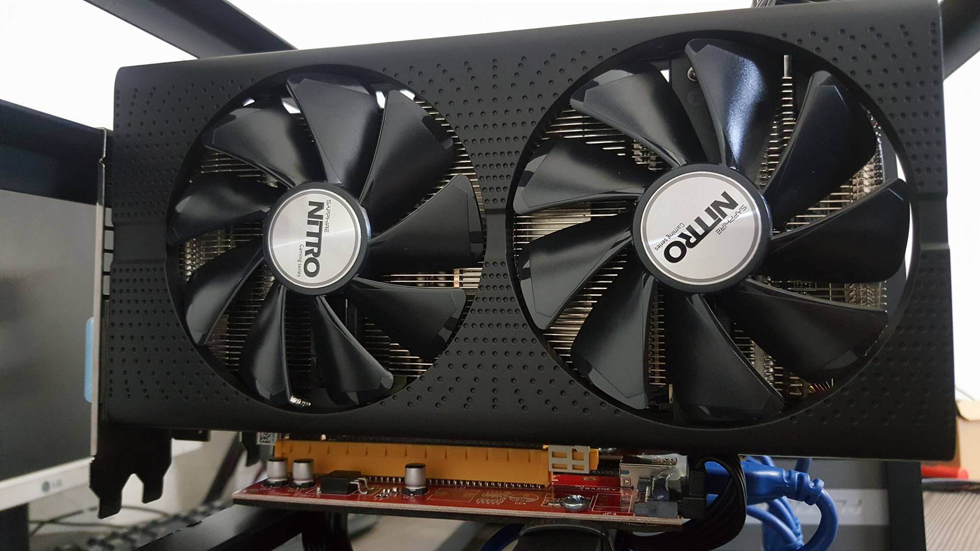 GPU Mining rig na Ťažbu Kryptomien