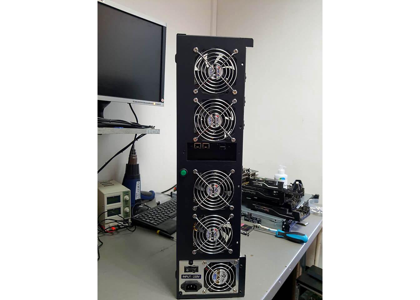 Počítač na ťaženie Bitcoinu - ITCA Poseidon V2-1web